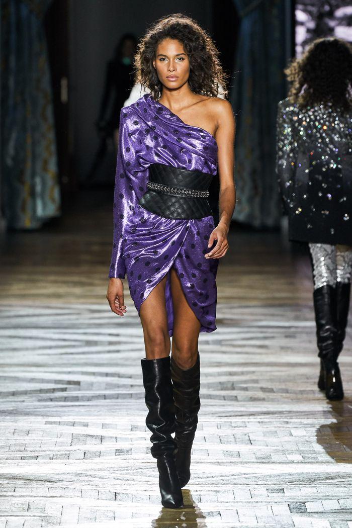 Модное фиолетовое платье Redemption
