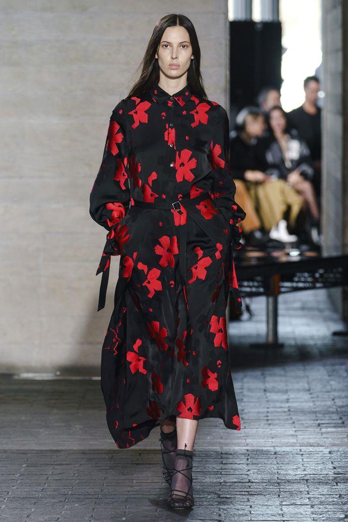 Платье-рубашка с цветами Roland Mouret