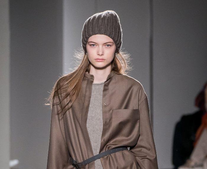 Модная шапка из коллекции Agnona