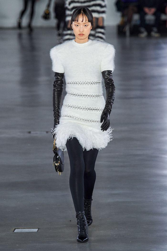 Модное платье Balmain