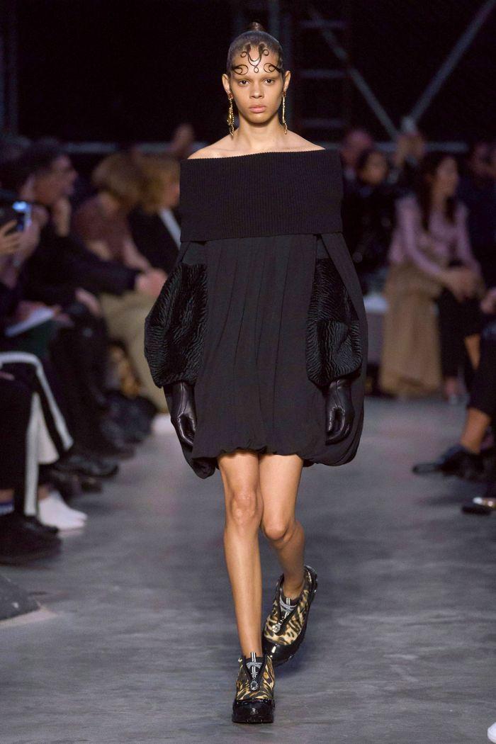 Модная одежда осень-зима 2019-2020 Burberry