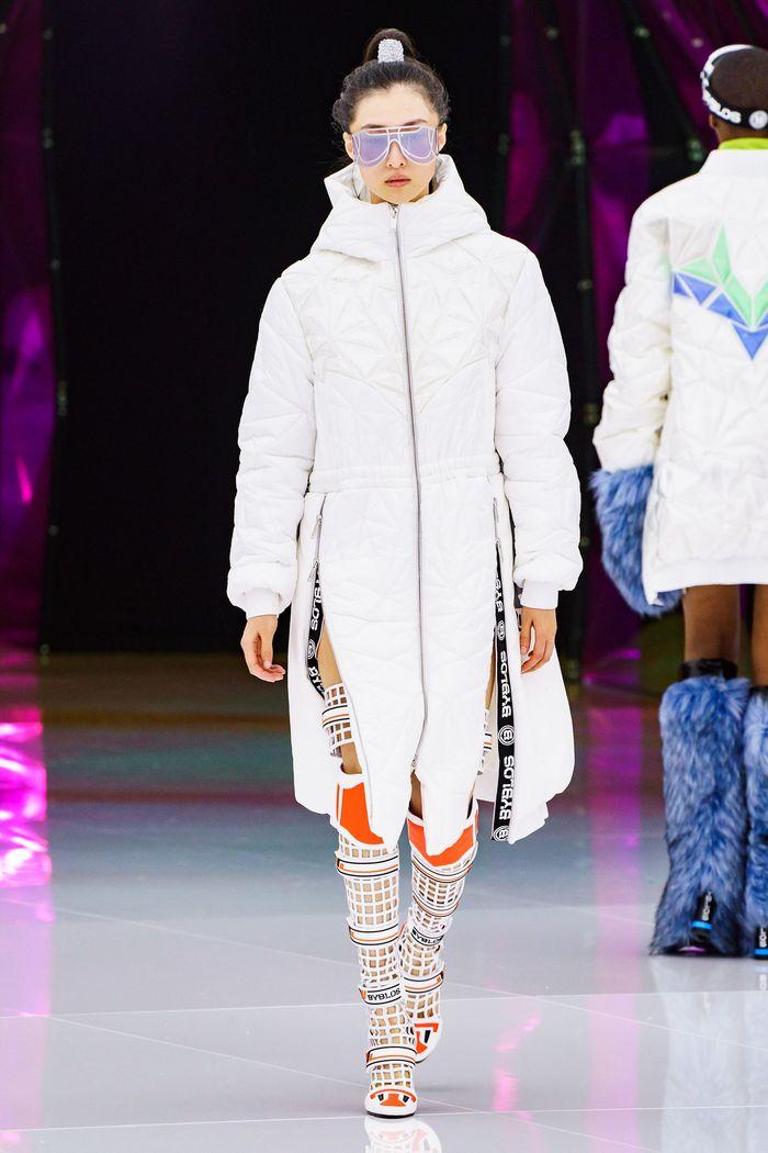 Модный пуховик осень-зима 2019-2020 Byblos
