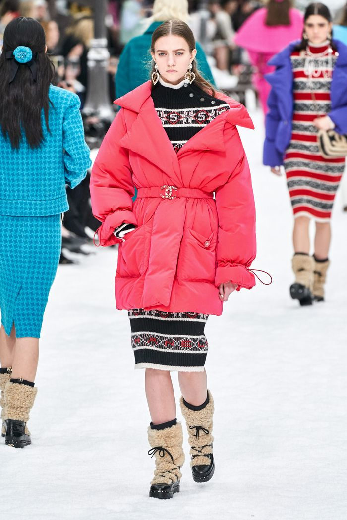 Модный пуховик осень-зима 2019-2020 Chanel