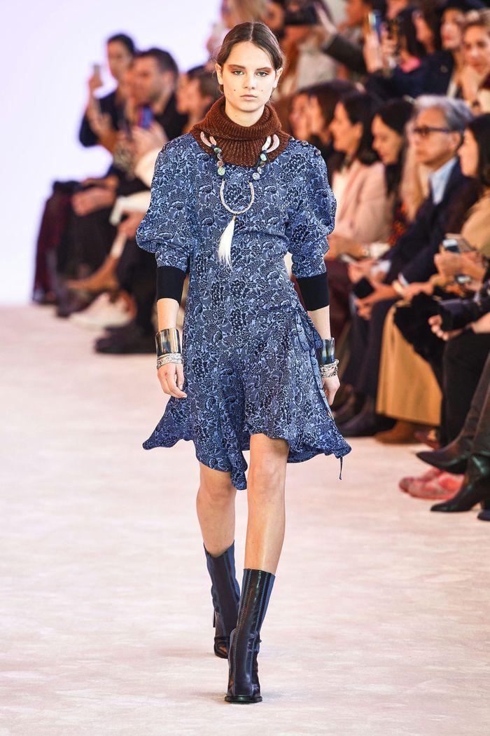 Модное платье Chloé