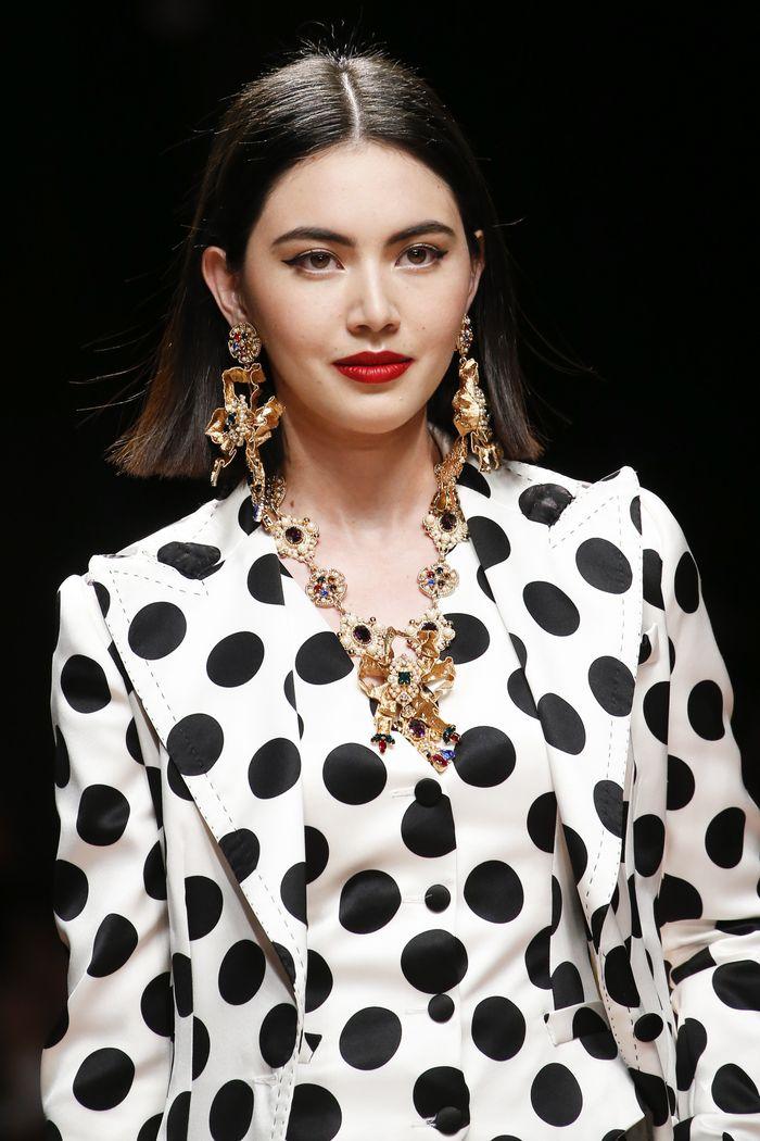 Модный цвет волос лето 2019. Образ из коллекции Dolce & Gabbana