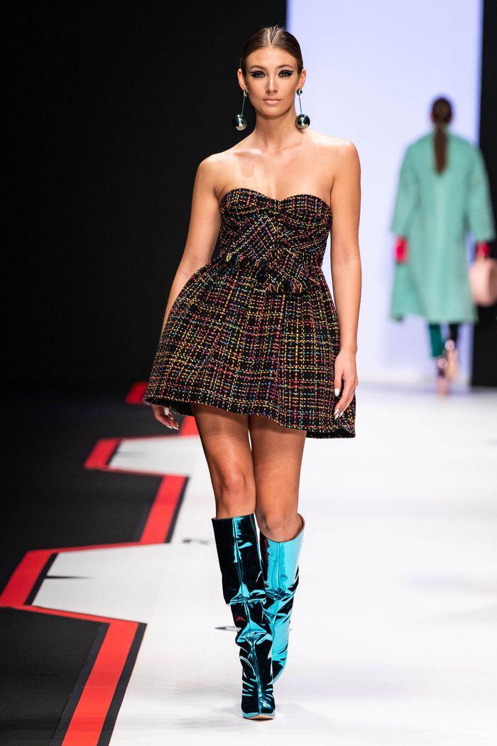 Модная обувь осень-зима 2019-2020 Elisabetta Franchi