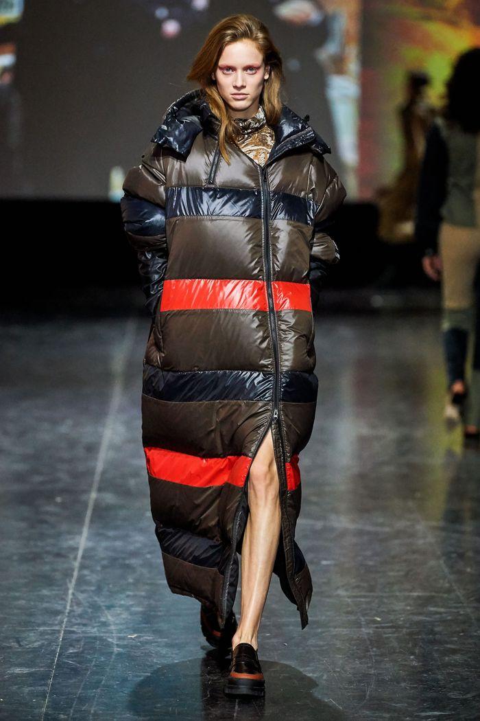 Модная одежда осень-зима 2019-2020 Ganni