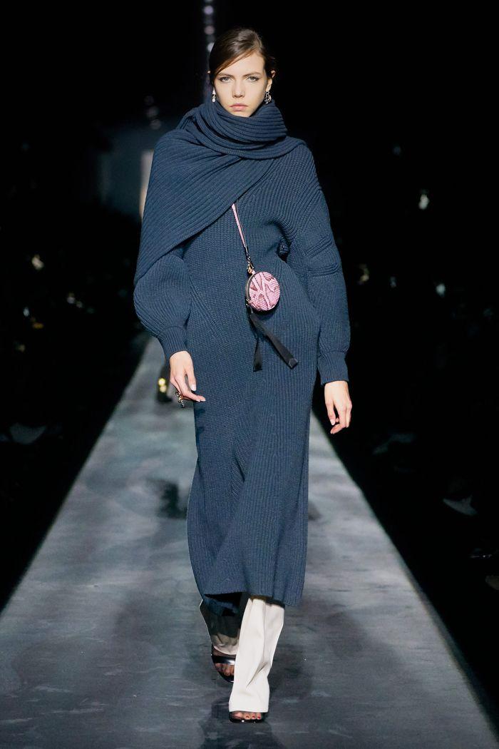 Модное платье Givenchy