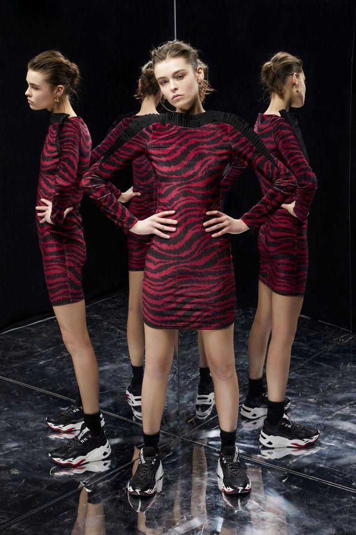 Модная одежда осень-зима 2019-2020, коллекция Just Cavalli