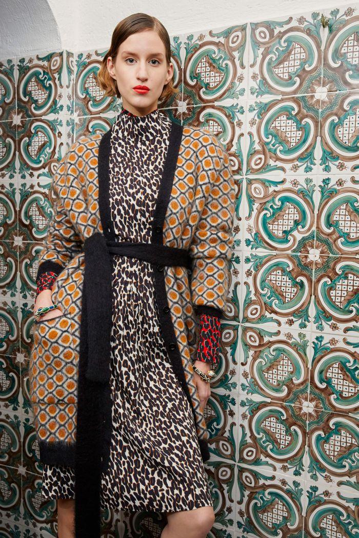 Модное платье La DoubleJ