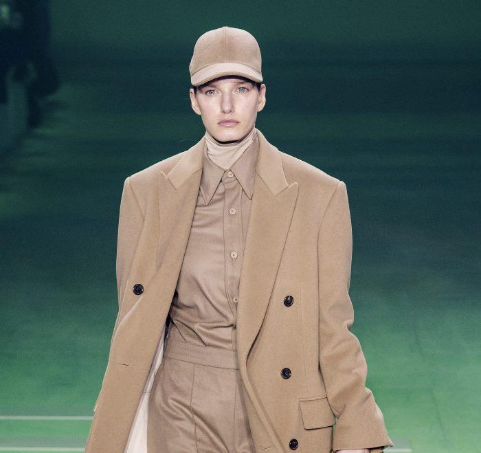 Модные головные уборы осень-зима Lacoste