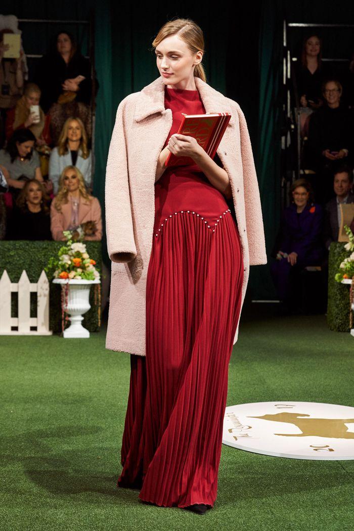 Бордовое платье из коллекции Lela Rose