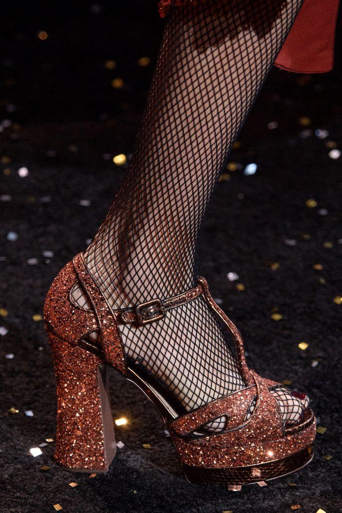 Обувь к бордовому платью. Коллекция Michael Kors Collection
