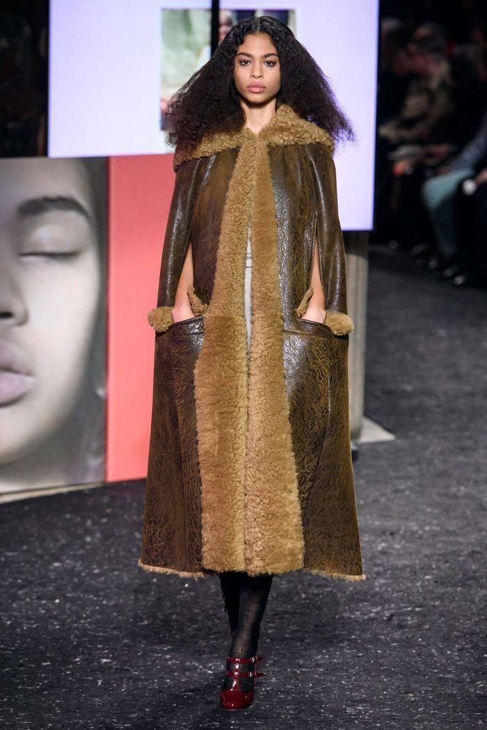 Модная одежда осень-зима 2019-2020 Miu Miu