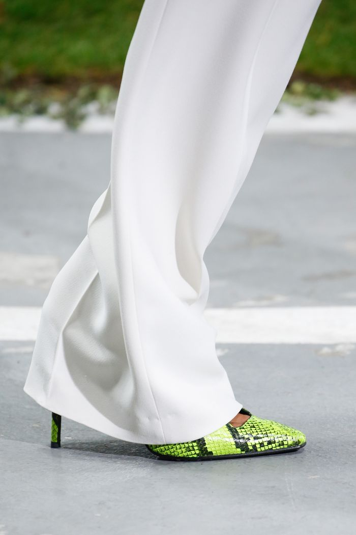 Модный цвет обуви. Коллекция Off-White