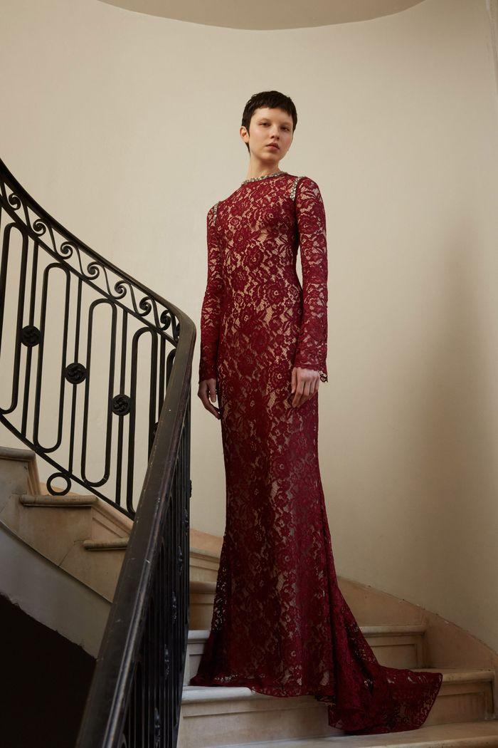 Бордовое кружевное платье Reem Acra