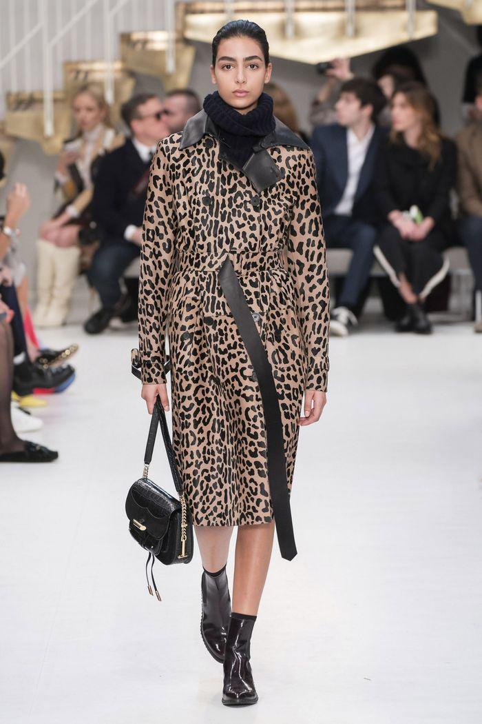 Модное леопардовое пальто осень-зима 2019-2020 из коллекции Tod's