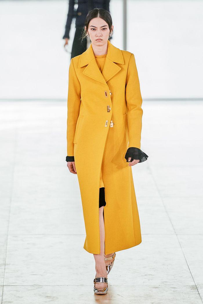 Модные цвета пальто. Tory Burch