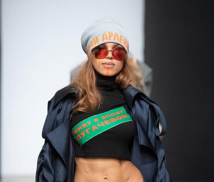 Модная шапка из коллекции Igor Gulyaev