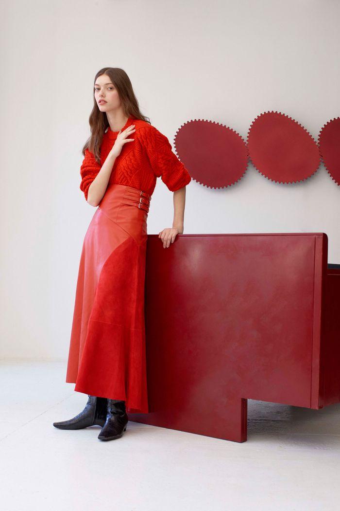 С чем носить красную юбку. Коллекция Alejandra Alonso Rojas
