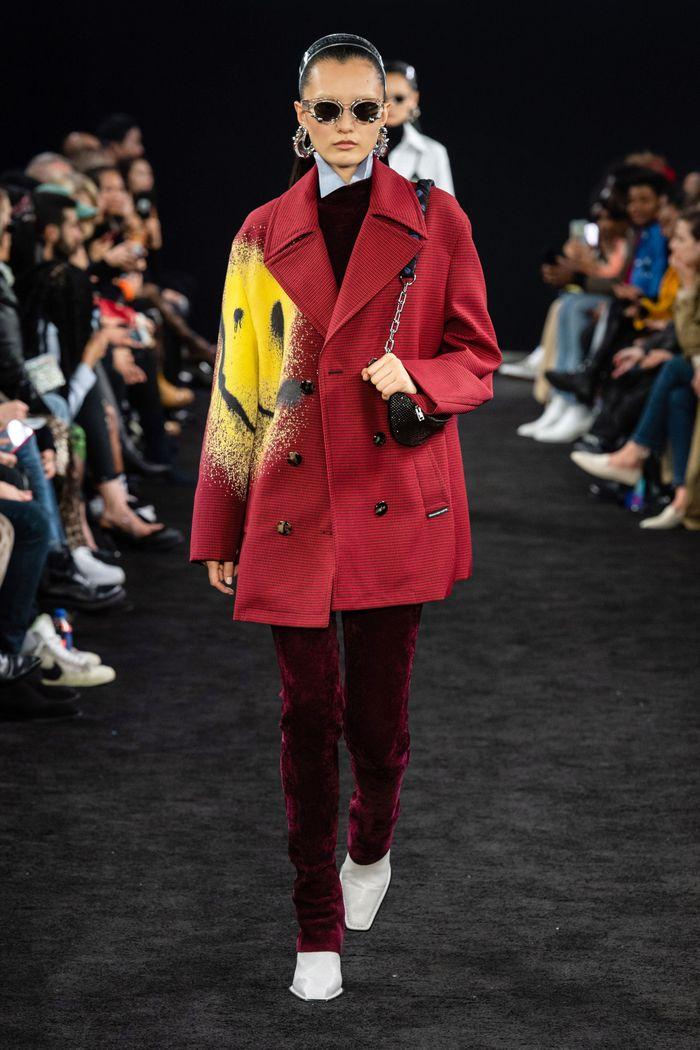 Модные вельветовые брюки осень-зима 2019-2020 из новой коллекции Alexander Wang