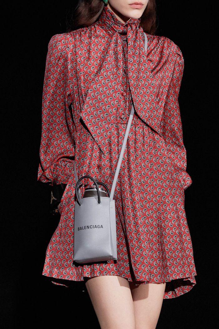 Модные сумки небольшого размера Balenciaga