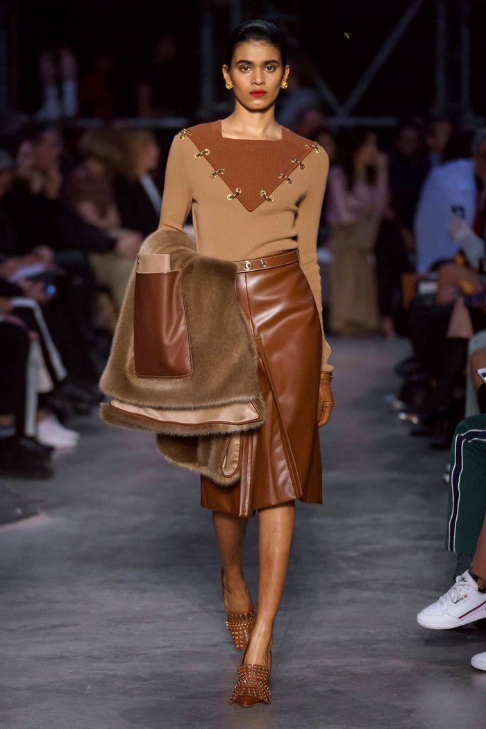 Модная кожаная юбка осень-зима 2019-2020 Burberry