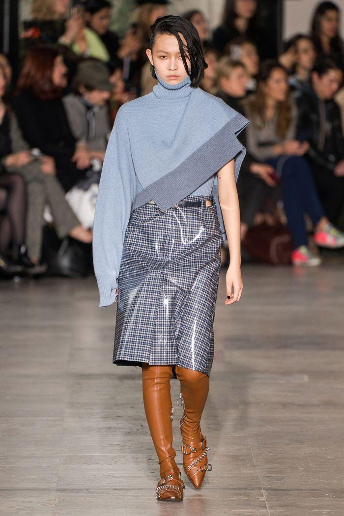 Модная виниловая юбка осень-зима 2019-2020 Cédric Charlier