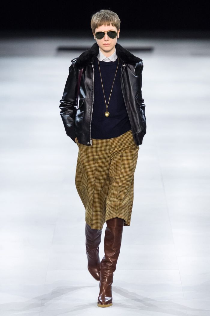 Модные укороченные брюки осень-зима 2019-2020 из новой коллекции Celine