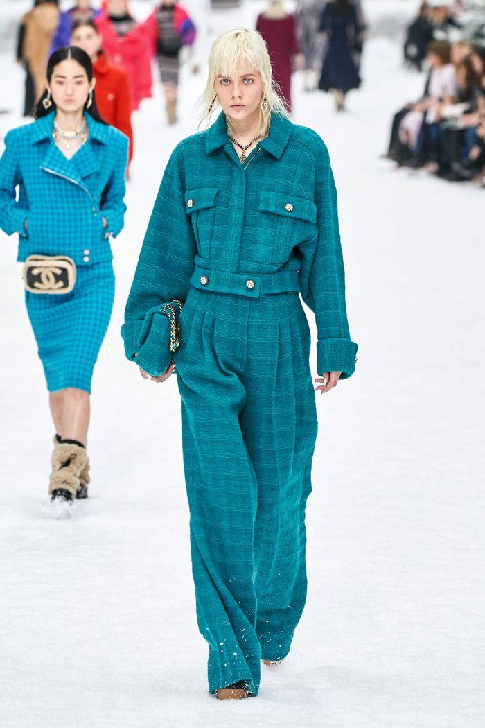 Модные брюки из твида осень-зима 2019-2020 из новой коллекции Chanel
