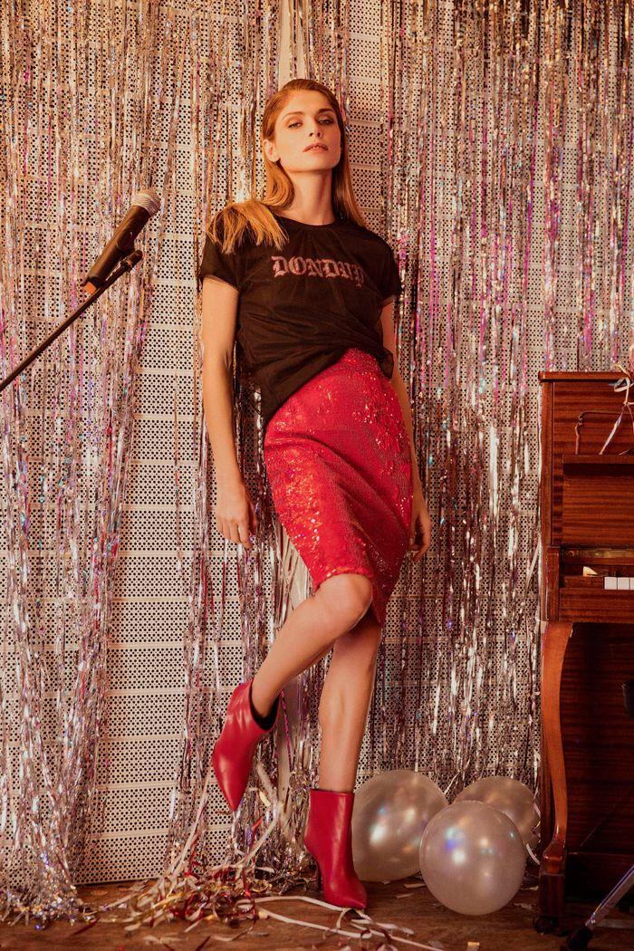С чем носить красную юбку. Коллекция Dondup