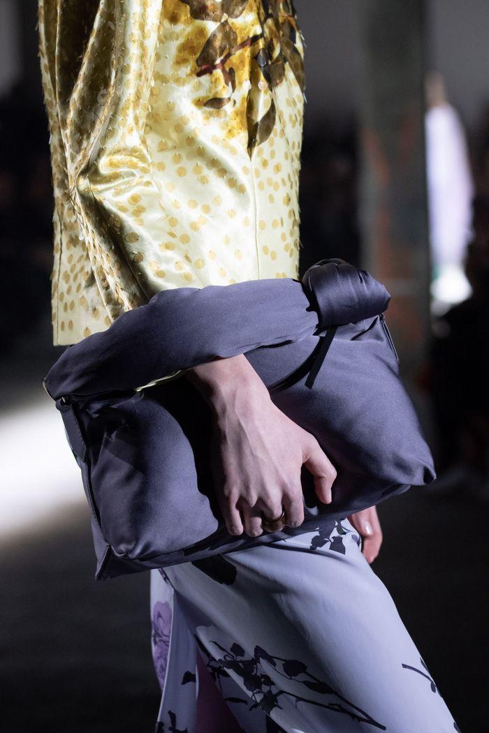 Модные сумки из курточной ткани Dries Van Noten