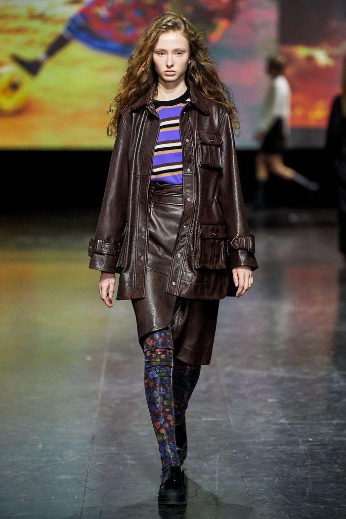 Модная кожаная юбка осень-зима 2019-2020 Ganni