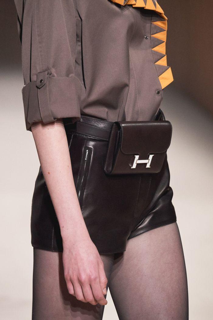 Модные сумки на поясе Hermès