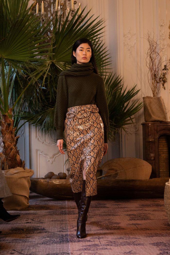 Модная кожаная юбка осень-зима Johanna Ortiz