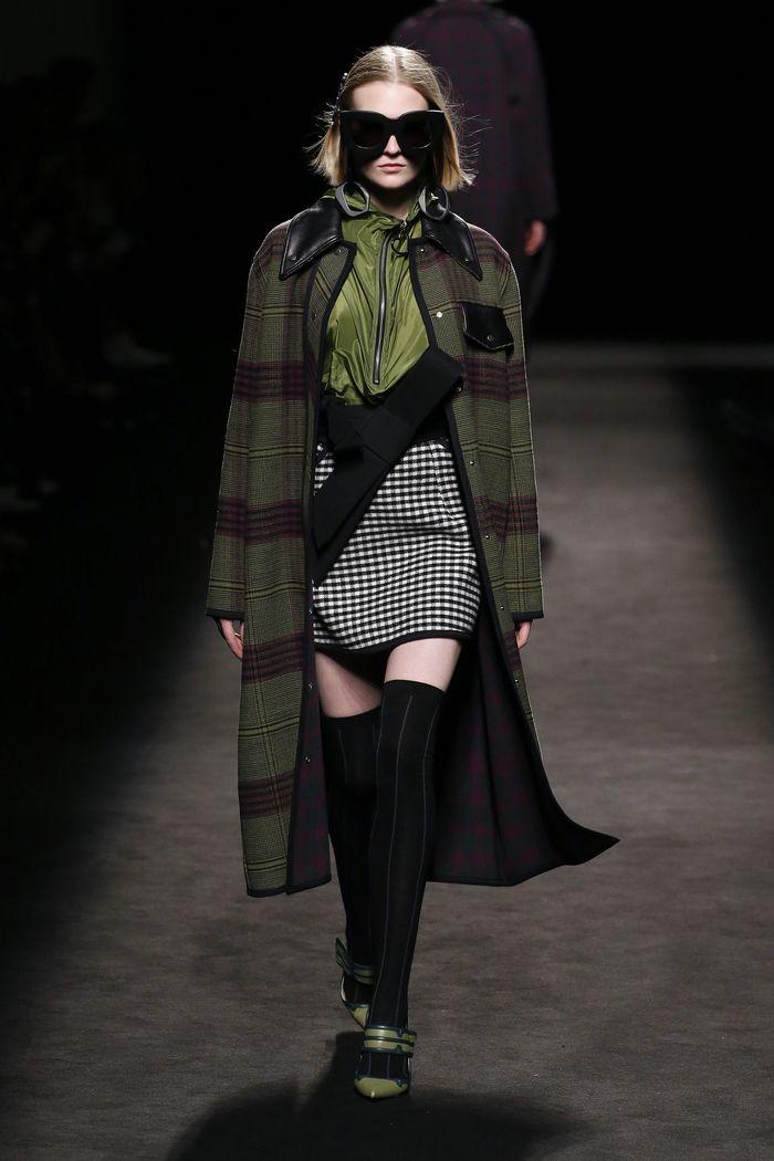 Модная юбка осень-зима 2019-2020 Juan Vidal