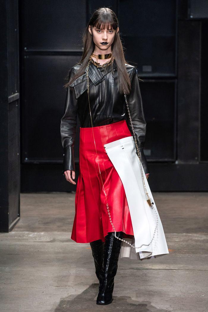 С чем носить красную юбку. Коллекция Marni