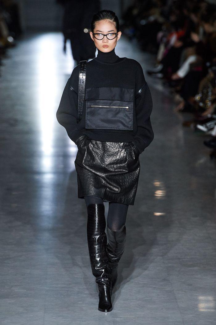 Модная кожаная юбка осень-зима 2019-2020 Max Mara