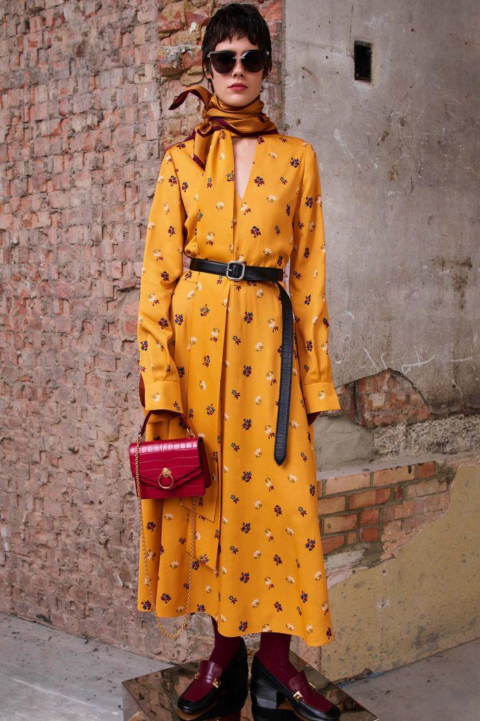 С чем носить бордовую сумку. Образ из новой коллекции Mulberry