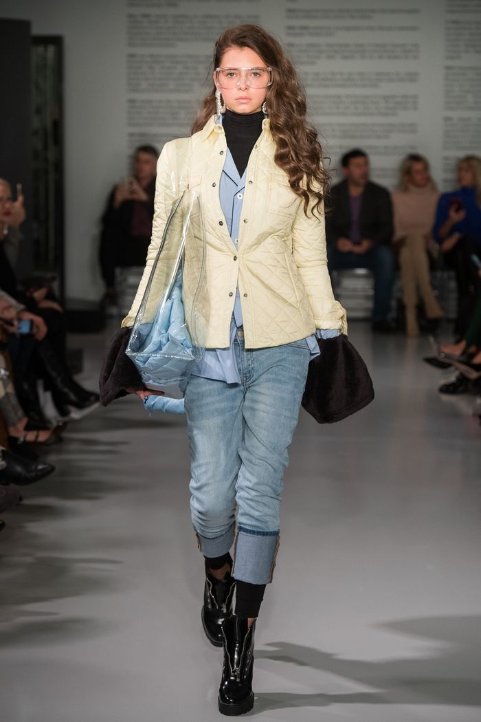 Модные джинсы осень-зима 2019-2020 из коллекции Odri by Yana