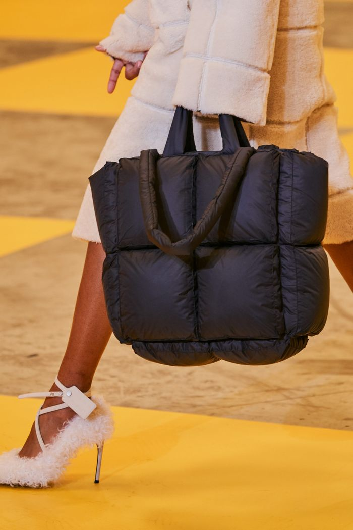 Модные сумки из курточной ткани Off-White