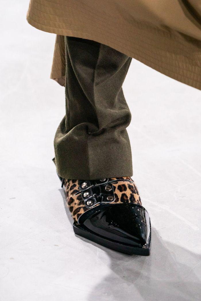 Модная обувь осень-зима Sacai
