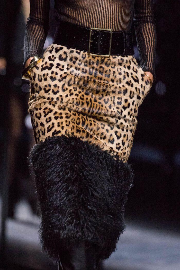 Модная юбка с анималистичным принтом осень-зима 2019-2020 Saint Laurent