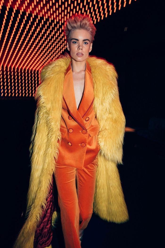 Модные цветные шубы Sara Battaglia