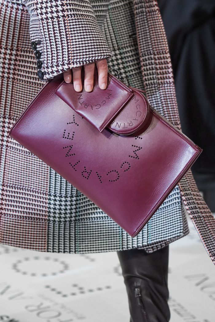Модные плоские сумки-папки Stella McCartney