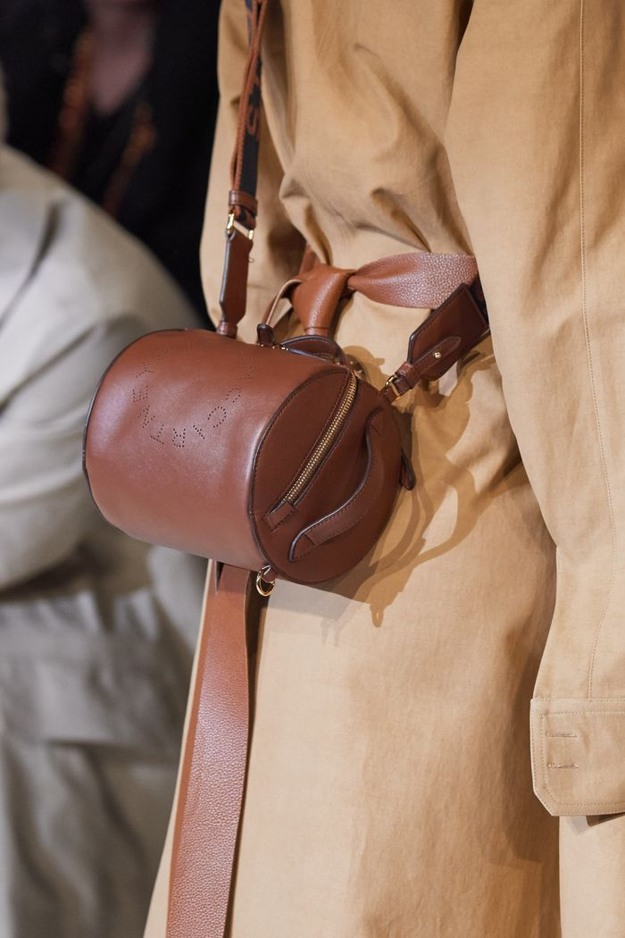 Модная сумка-цилиндр Stella McCartney