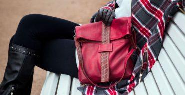 6 модных бордовых сумок - с чем их носить в 2019-2020 году?