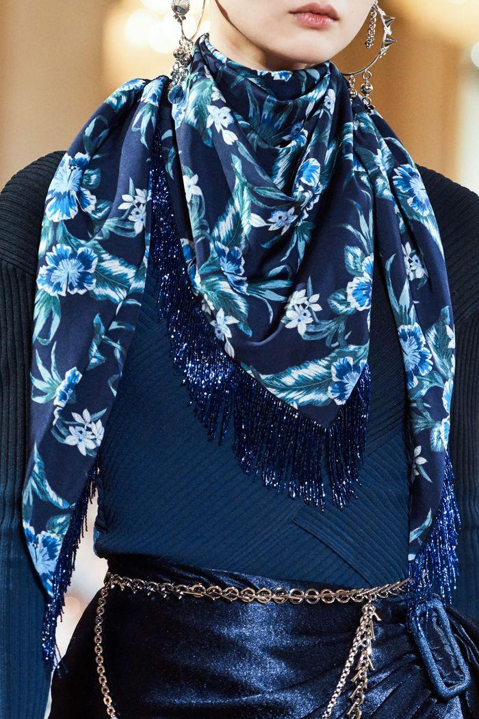 Модный аксессуар осень-зима 2019-2020 из коллекции Altuzarra