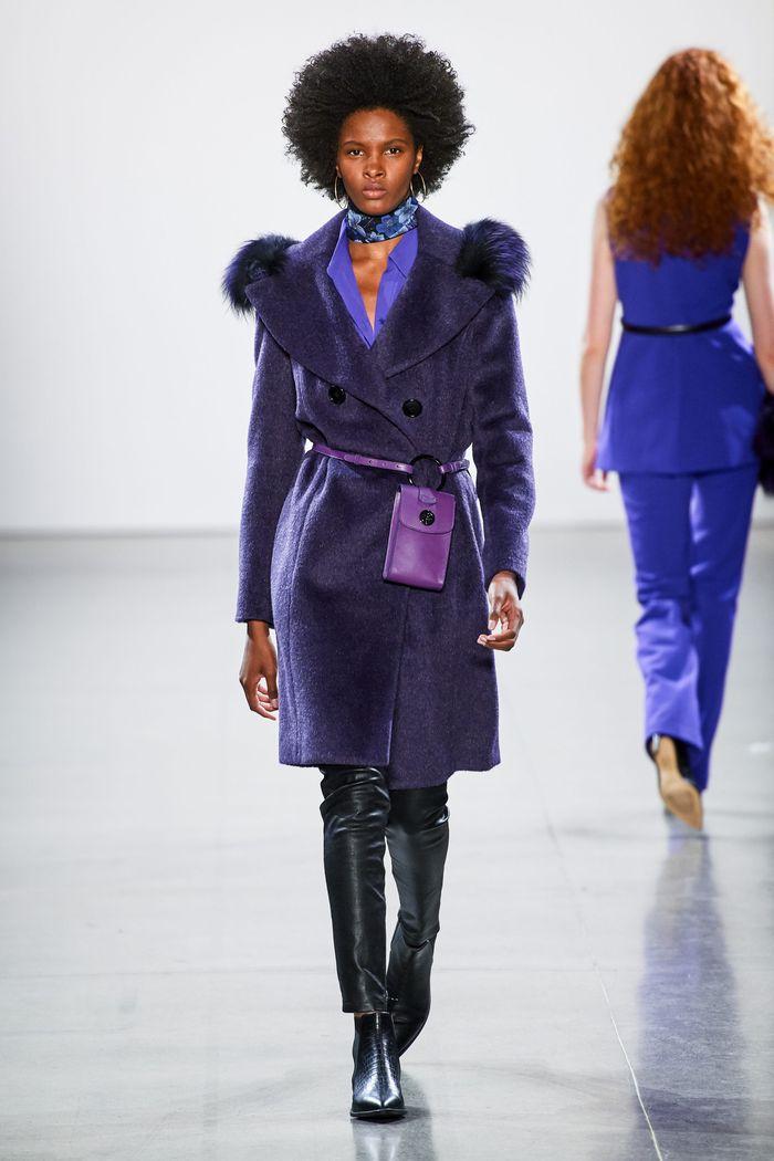 Модный аксессуар осень-зима 2019-2020 из коллекции Elie Tahari