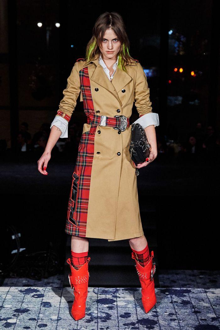 Модные красные сапоги осень-зима из коллекции Philipp Plein